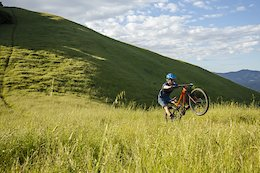 Video: Flat Out Grasslands Shredding to Introduce the New Marin Hawk Hill