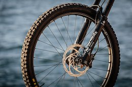 First Ride: Crankbrothers Carbon Synthesis Wheels