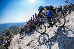 Video: Sam Hill & Elliott Heap Crowned Enduro Champions