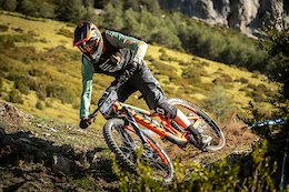 Video: Remy Absalon & Elliot Trabac Shred the Vosges