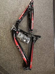 "Brand New 2016 Identiti Mogul Frame 26"" wheels"