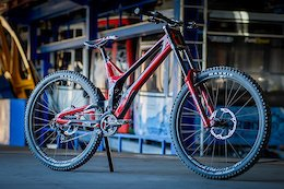 Review: Intense's M29 is a DH Racing Thoroughbred