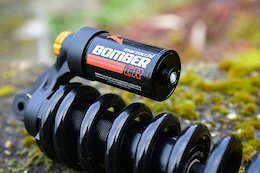 First Look: Marzocchi Bomber CR Coil Shock