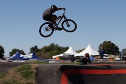 Video: Meeting the Stars of the Pump Track World Championships Part 1 - Loron and Ducat
