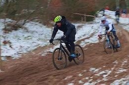 Video: Wyn Masters Races Cyclocross