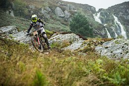 Video & Photo Story: What it Takes to Race Red Bull Hardline
