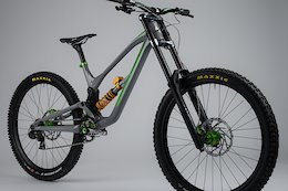 Adam Brayton's New Nukeproof Dissent World Cup Bike