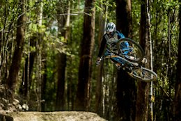 Video: Maydena Bike Park with Style in 'Duck 'N' Weave'