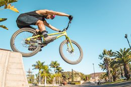 How to Drop Off Obstacles with the Drop & Roll Tour's Duncan Shaw