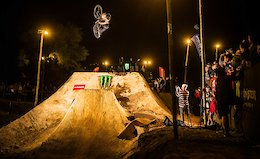 Video: MTB and BMX Riders Throw Down in The Night Harvest 2019 Highlights