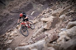 Video: Riding in the Emirates with Michal Prokop