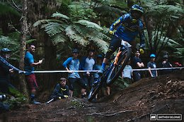 Video: Fast & Clean with Martin Maes at EWS Rotorua