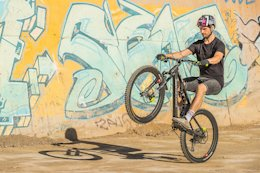 Video: Tips for Wheelies with the Drop & Roll Tour's Duncan Shaw