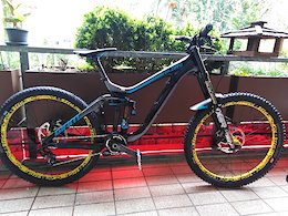 Now 14.7kg with Deemax Ultimate and tubeless tires, my Giant glory 0 advanced