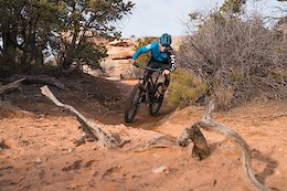 Video: Spring Trails in the Deserts of Colorado and Utah