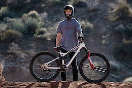 Video: Tom van Steenbergen Joins Hyper Bicycles