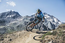 Video: Jaw-Dropping Scenery in Sölden, Austria with Wyn Masters
