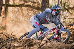Commencal Vallnord DH Team Unveils World Cup Colours and New Partners