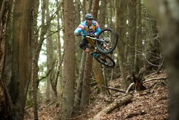 Video: Descent-World Team Signs with Radon for 2019