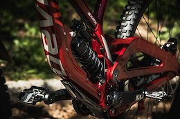 Bike Check: Dakotah Norton's Devinci Wilson 29 - Maribor DH World Cup 2019