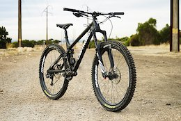 The New Craftworks ENR v1.1 High Pivot 160mm Enduro Bike