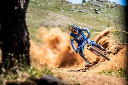 Video: Sam Hill Finishes 5th at EWS Madeira 2019