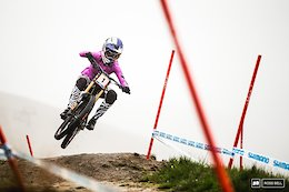 Tahnee Seagrave Breaks Tibia and Fibula After Crashing on Dirt Jumps