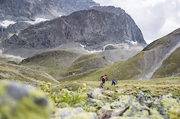 Video: Exploring Alpine Flow Trails in Engadin, Switzerland