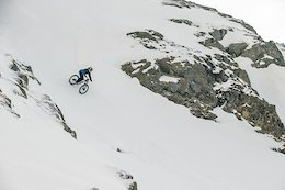 Video: Makken Hits Freeride Powder Lines in Alta