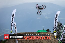 Video: 10 Sick Whips in Slow Motion - Crankworx Innsbruck 2019