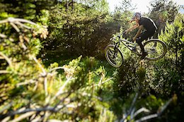 Video: 9 to 12 Year Olds Absolutely Destroying on the New Commencal Clash Kids Bikes