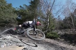 Video: Fast & Aggressive DH Riding in Switzerland
