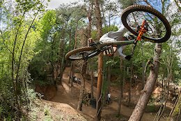 Video: Long Jumps and Big Tricks at the Rock Metal Jam