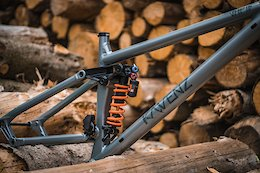 Video: The 77designz Bike - From Prototype to Product