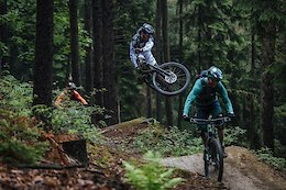 Video: Richie Schley & Cedric Gracia Ride With Max Schumann in Germany