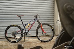 Bike Check: Laura Rossin's 29/27.5 Nukeproof Mega - Superenduro 2019
