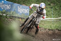 The mud brought out some big holes and even Super Bruni was not immune to their treachery