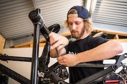 Podcast: Troy Brosnan's Mechanic Talks Bike Tech, Winning Races & the Race Circuit