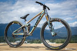 Bike Check: Brett Rheeder's Glitter Bomb Trek Ticket - Crankworx Whistler 2019
