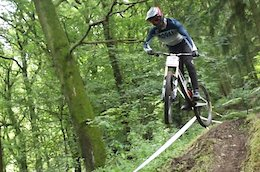 Video: Practice Highlights from the British National Downhill - Round 4 Hopton