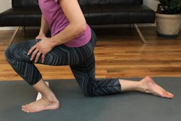 4 Exercises to Help with Hip, Knee & Heel Pain from Flat Feet