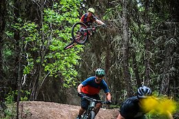Video: Jeff Kendall-Weed Rides With Dustin Adams, Jordan Hodder, & Catharine Pendrel in Kamloops