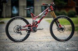 Bike Check: Aaron Gwin's Prototype Mixed-Wheel Intense M279 - Mont-Sainte-Anne DH World Champs 2019