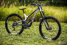 Bike Check: Amaury Pierron's Commencal Supreme DH 29 - Mont-Sainte-Anne DH World Champs 2019