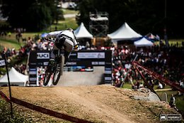 Video: Winning Runs - Mont-Sainte-Anne DH World Champs 2019