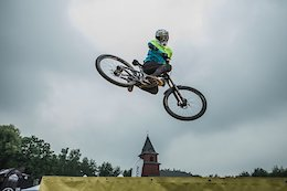Video & Race Report: Urban DH in Ustron, Poland