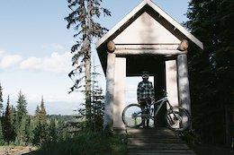 Video: Trail Bike Tricks and Gaps at Silverstar
