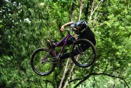 Video: Smooth Dirt Jumping in Coastal BC with Paul Genovese & the Chromag Crew