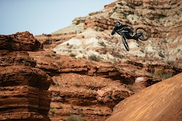 Video: Ethan Nell Shreds The YT Decoy in Utah