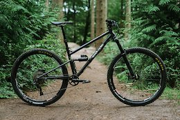 First Look: Morph Cycles' Prototype Steel Full Suss
